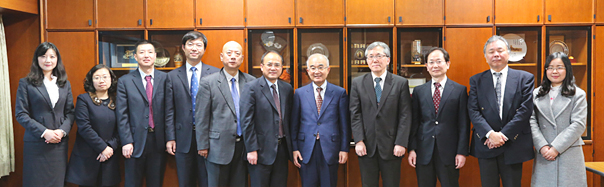 UESTC Vice President, Professor Zhen Yong and UESTC faculty members visited Dr. Kajitani, Senior Advisor to the President and our executive on 17 November, 2016.